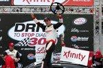 Xfinity: Joey Logano in der Victory Lane