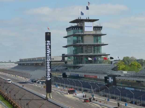 Genesungswünsche für James Hinchcliffe am Indianapolis Motor Speedway