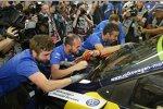 Das Volkswagen-Team feiert
