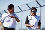 Yasuhisa Arai und Fernando Alonso (McLaren)