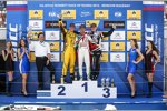 Rob Huff (Lada), Tiago Monteiro (Honda) und Norbert Michelisz (Zengö-Honda)