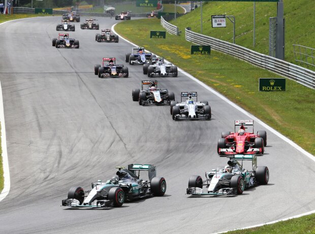Nico Rosberg, Lewis Hamilton