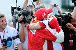 Sebastian Vettel (Ferrari) und Maurizio Arrivabene