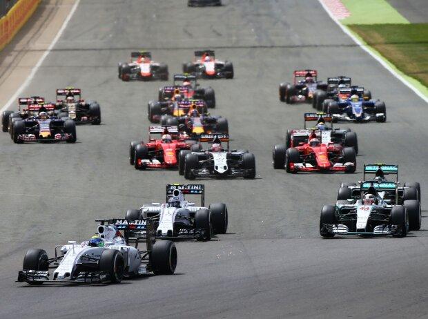 Start zum Grand Prix von Großbritannien 2015 in Silverstone