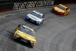 Carl Edwards (Gibbs), David Ragan (Waltrip) und Joey Logano (Penske)