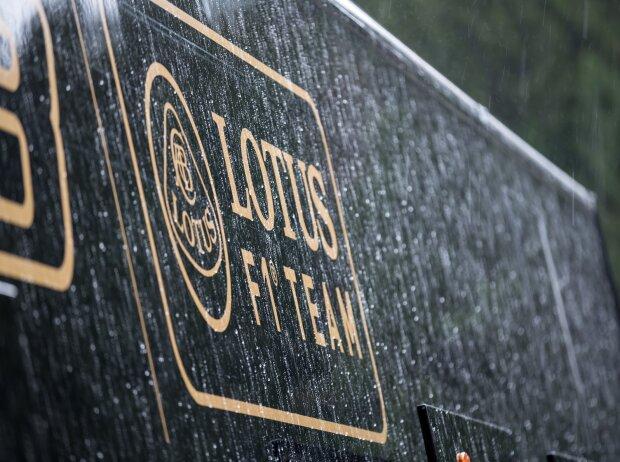 Lotus Logo Regen