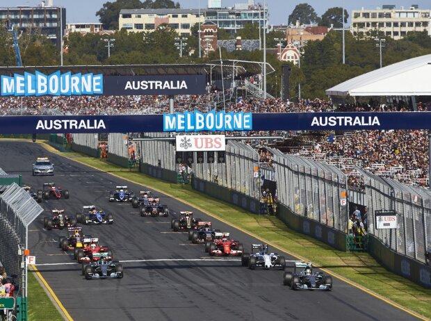 Start zum Grand Prix von Australien 2015 in Melbourne