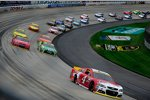 Race-Action in Dover mit Kevin Harvick (Stewart/Haas) an der Spitze