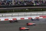 Fernando Alonso (McLaren), Will Stevens (Manor-Marussia), Roberto Merhi (Manor-Marussia) und Carlos Sainz (Toro Rosso)
