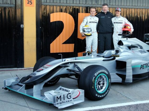 Michael Schumacher, Nico Rosberg, Ross Brawn