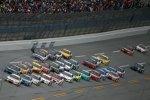 Pack-Racing mit Jeff Gordon (Hendrick) an der Spitze