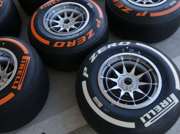 Pirelli Reifen Tyre