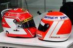 Helme von Felipe Nasr (Sauber) und Niki Lauda (Mercedes)