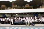 Fernando Alonso (McLaren), Jenson Button (McLaren) und Stoffel Vandoorne