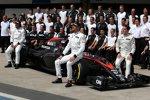 Stoffel Vandoorne und Jenson Button (McLaren)