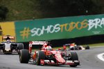 Sebastian Vettel (Ferrari) und Max Verstappen (Toro Rosso)