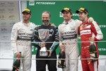 Lewis Hamilton (Mercedes), Nico Rosberg (Mercedes) und Sebastian Vettel (Ferrari)