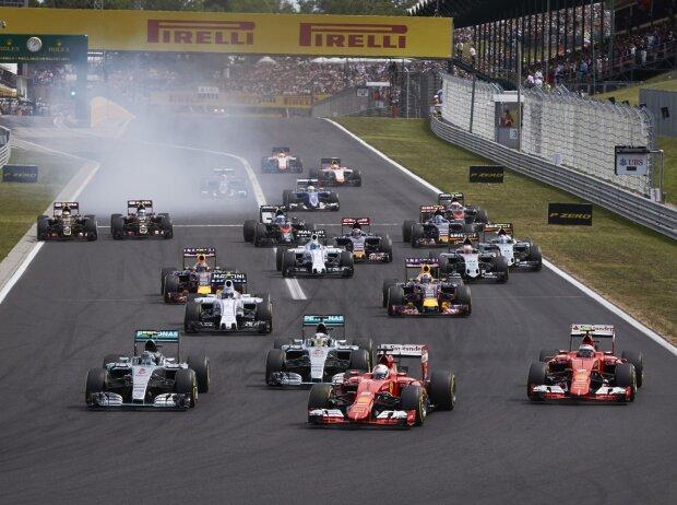 Start zum Grand Prix von Ungarn 2015