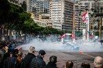Showruns in Monte Carlo