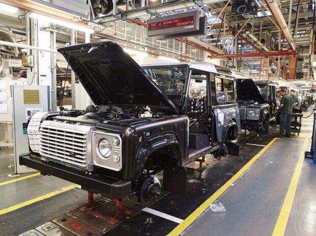 Produktion des Land Rover Defender in Solihull (2015)