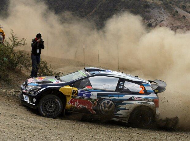 Jari-Matti Latvala fährt den Volkswagen Polo R WRC