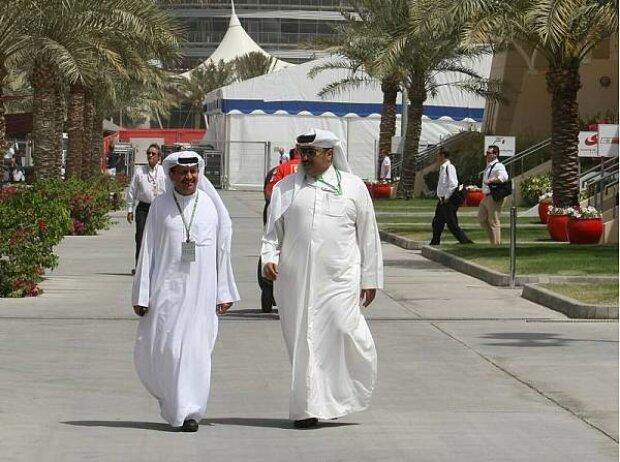 Scheichs in Manama
