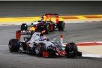 Romain Grosjean (Haas) und Daniel Ricciardo (Red Bull)