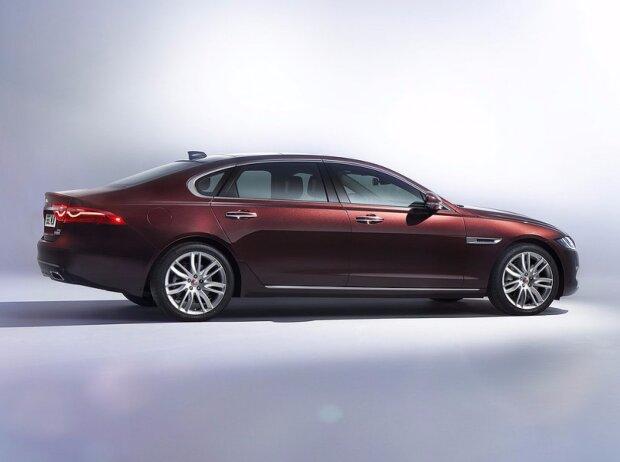 Jaguar XLF