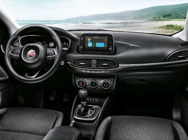 fiat tipo 2016 comeback in der kompaktklasse. Black Bedroom Furniture Sets. Home Design Ideas