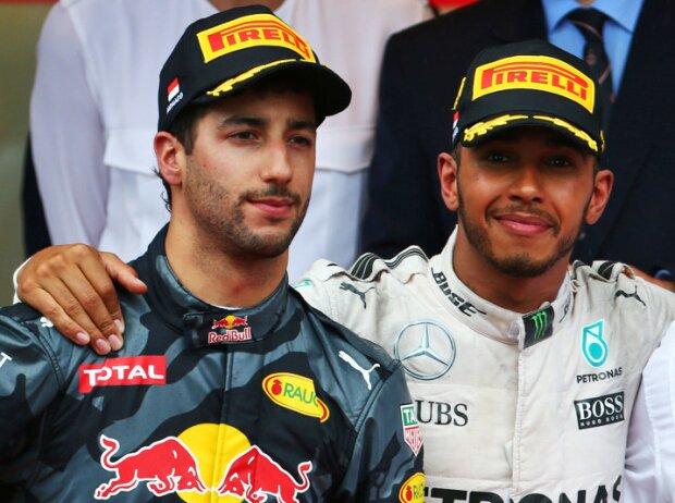 Daniel Ricciardo, Lewis Hamilton, Sergio Perez