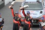 Thierry Neuville (Hyundai) und Nicolas Gilsoul