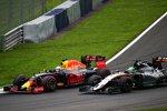 Daniel Ricciardo (Red Bull) und Nico Hülkenberg (Force India)