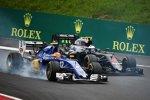 Felipe Nasr (Sauber) und Jenson Button (McLaren)