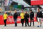 Kevin Magnussen (Renault) und Esteban Ocon