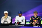 Nico Rosberg (Mercedes), Lewis Hamilton (Mercedes) und Max Verstappen (Red Bull)