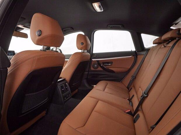 Fond des BMW 340i Gran Tourismo