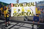 Fans von Kevin Magnussen (Renault)