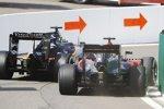 Fernando Alonso (McLaren) und Nico Hülkenberg (Force India)