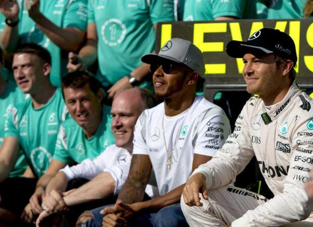 Lewis Hamilton Nico Rosberg Mercedes Mercedes AMG Petronas Formula One Team F1 ~Lewis Hamilton (Mercedes) und Nico Rosberg (Mercedes) ~
