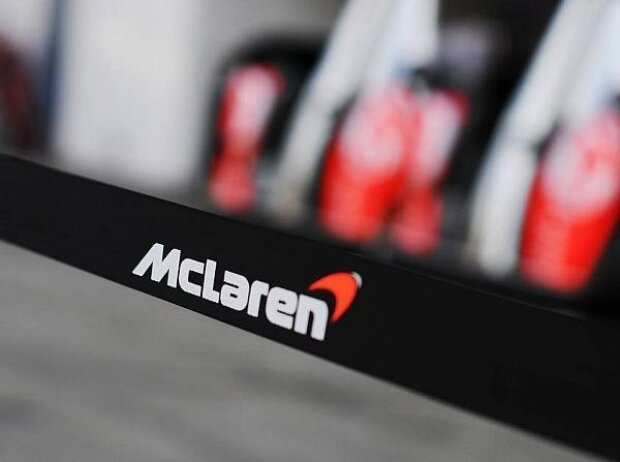 McLaren, Logo