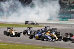Marcus Ericsson (Sauber) und Kevin Magnussen (Renault)