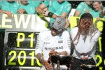 Lewis Hamilton (Mercedes) mit Venus Williams