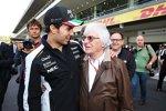 Sergio Perez (Force India) und Bernie Ecclestone