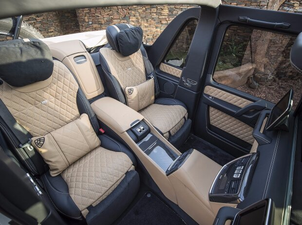 Fond des Mercedes-Maybach G650 Landaulet