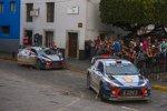 Thierry Neuville und Hayden Paddon (Hyundai)