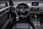 Cockpit der Audi RS3 Limousine 2017