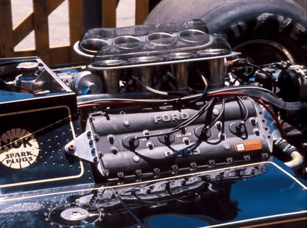 Argentinien Grand Prix 1977: der Ford-Cosworth DFV im Heck eines Lotus 78