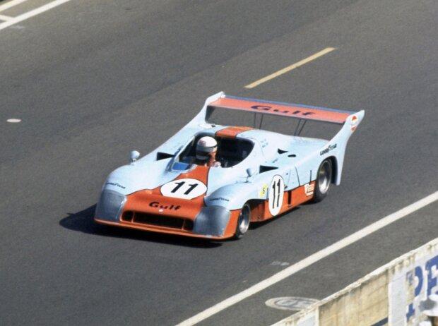 Le Mans 1975: Der Gulf Mirage GR8-Ford von Jacky Ickx und Derek Bell auf Position 1