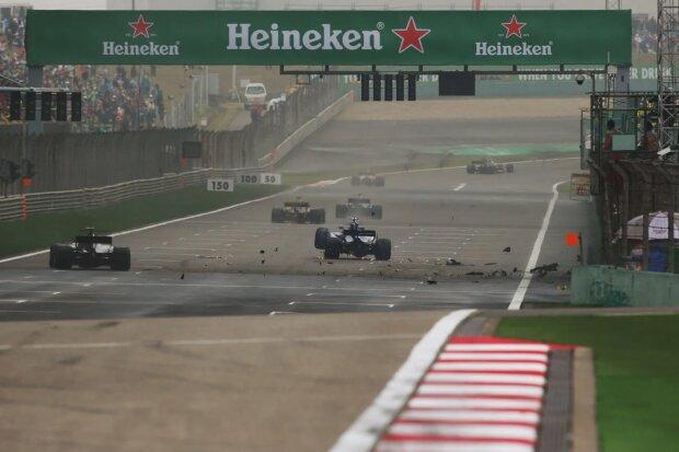 Antonio Giovinazzi Ferrari Scuderia Ferrari F1Sauber Sauber F1 Team F1 ~Antonio Giovinazzi (Sauber) ~