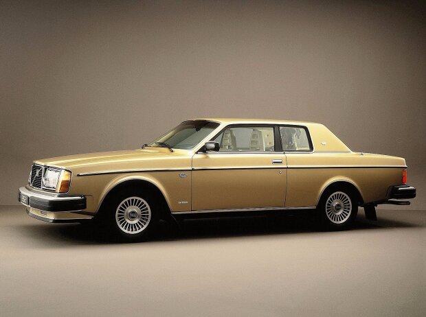 Volvo 262 C (1975)